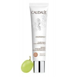 Caudalie Wineperfect Fluid mit perfekter Hautfarbe FPS20 Medium 40 ml